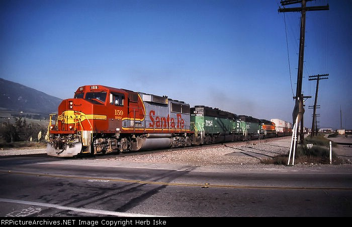 Red and Silver Heads through Devore