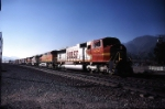 BNSF Warbonnet Through Devore