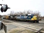CSX 4419 and NS 5207