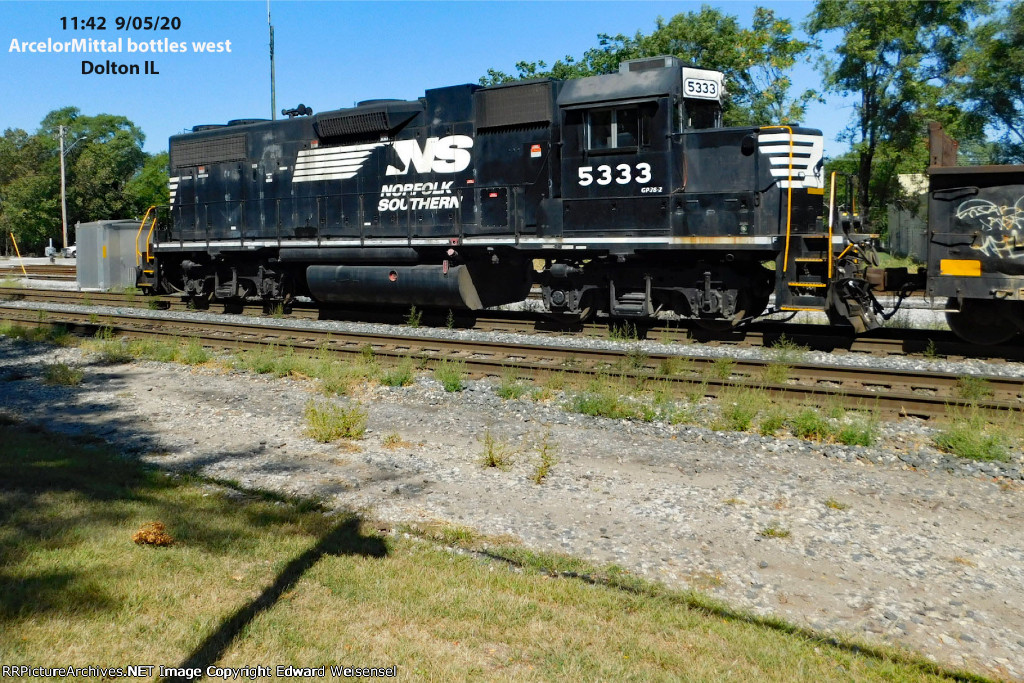 Hot stuff running to Riverdale with a stallion GP 38-2