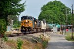 F779 passes the V line for Norfolk Southern