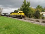 3804 with tank cars