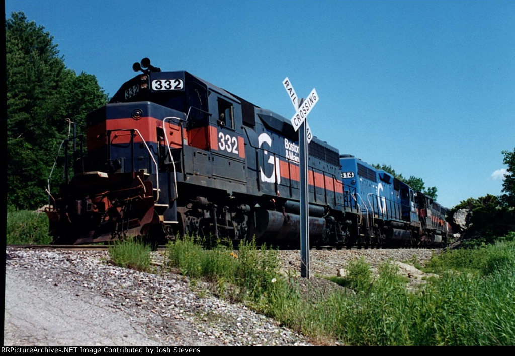 BM 332