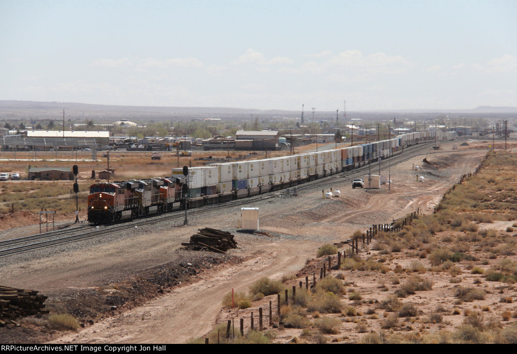 Following the westbound parade, Q-ALTLAC1 comes through the plant at West Winslow