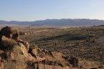 6207 leads the H-SLABAR1 across the western Arizona desert