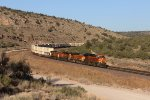 BNSF 3940 makes track speed around the cirve with Z-WSPLAC7