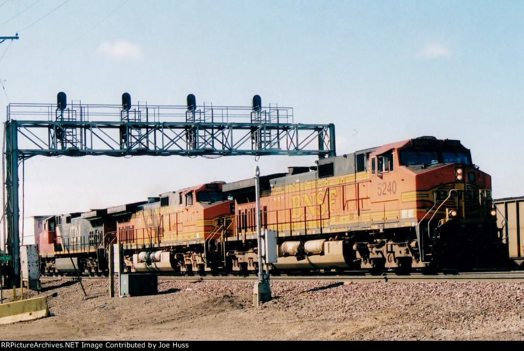 BNSF 5240 West