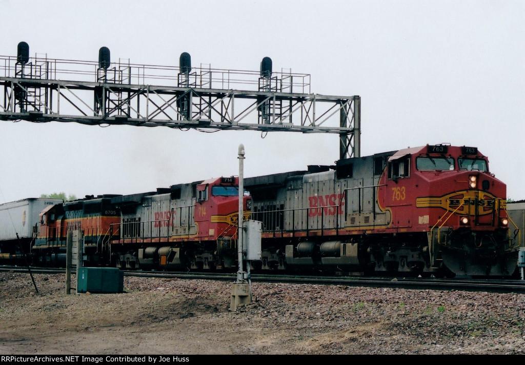 BNSF 763 West