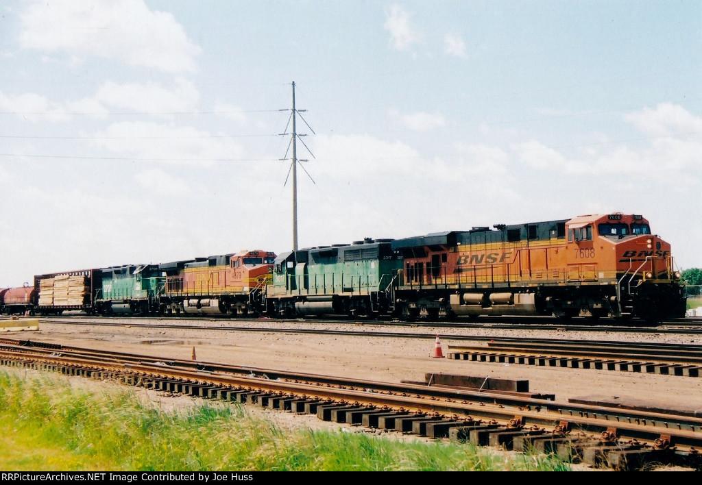 BNSF 7608 West