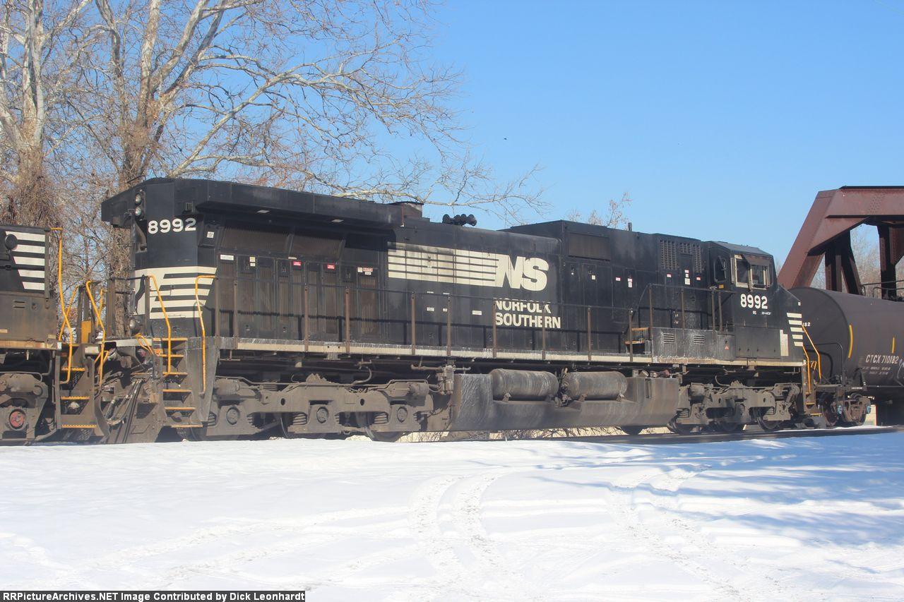 NS 8992