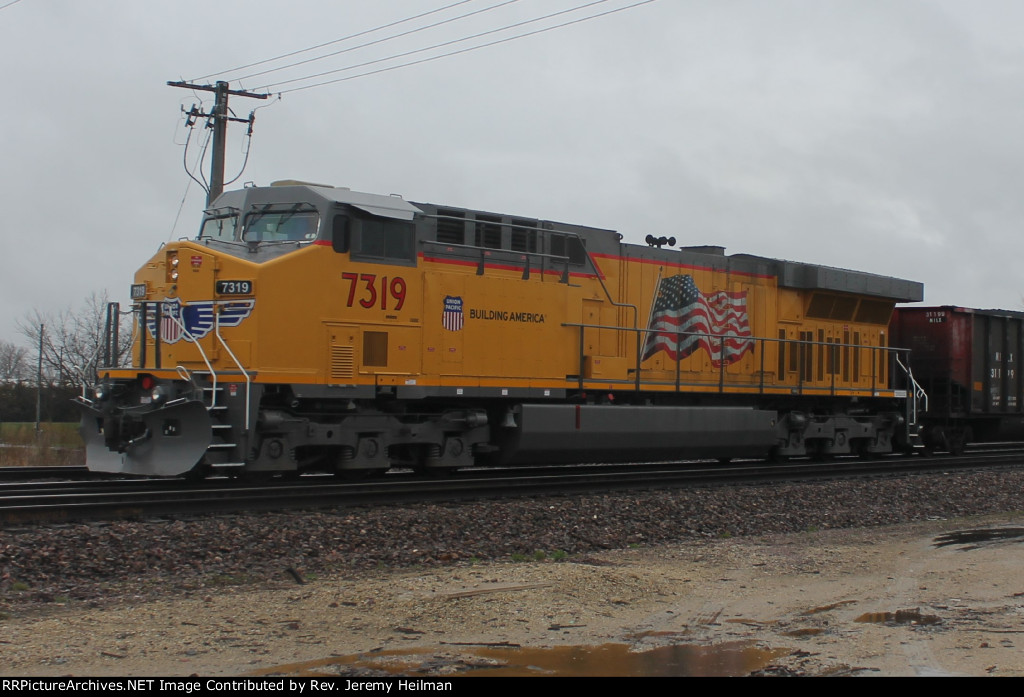 UP 7319 (2)