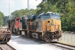 CSX 991, 3324, CN 8947, and 5390 lay over