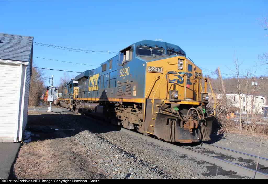 CSX intermodal at E Erie St.