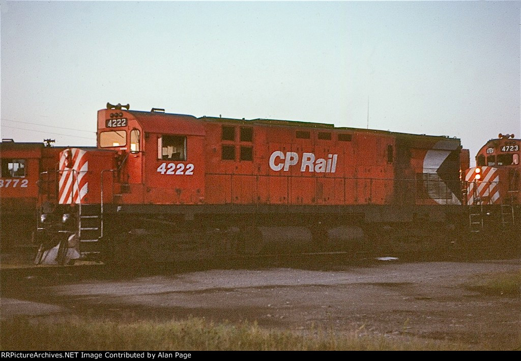 CP C424 4222 waits for assignment with M636 4723