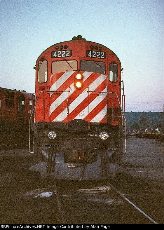 The nose of CP C424 4222