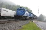 NS 3347 shoves coal as Triple Crown sneaks by