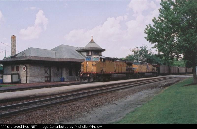 UP7135 at Kirkwood Station