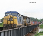 CSX 7707 Troy, OH, rain all day still had lots of fun, lots of trains