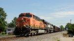 BNSF 5928 ES44AC