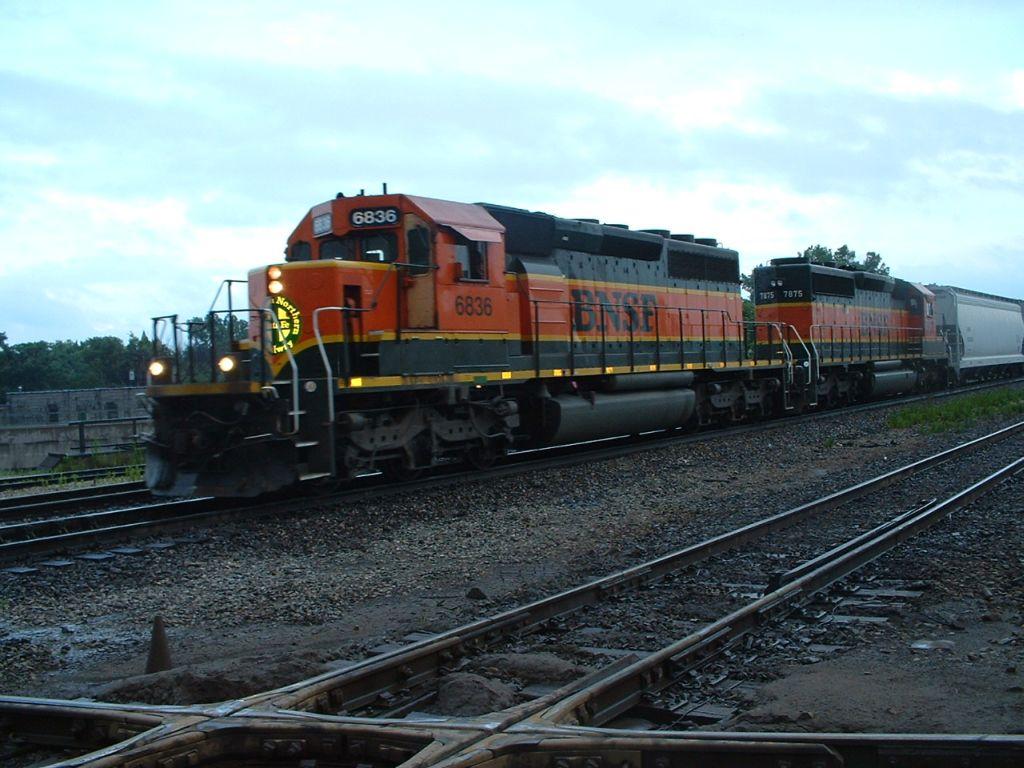 BNSF 6836