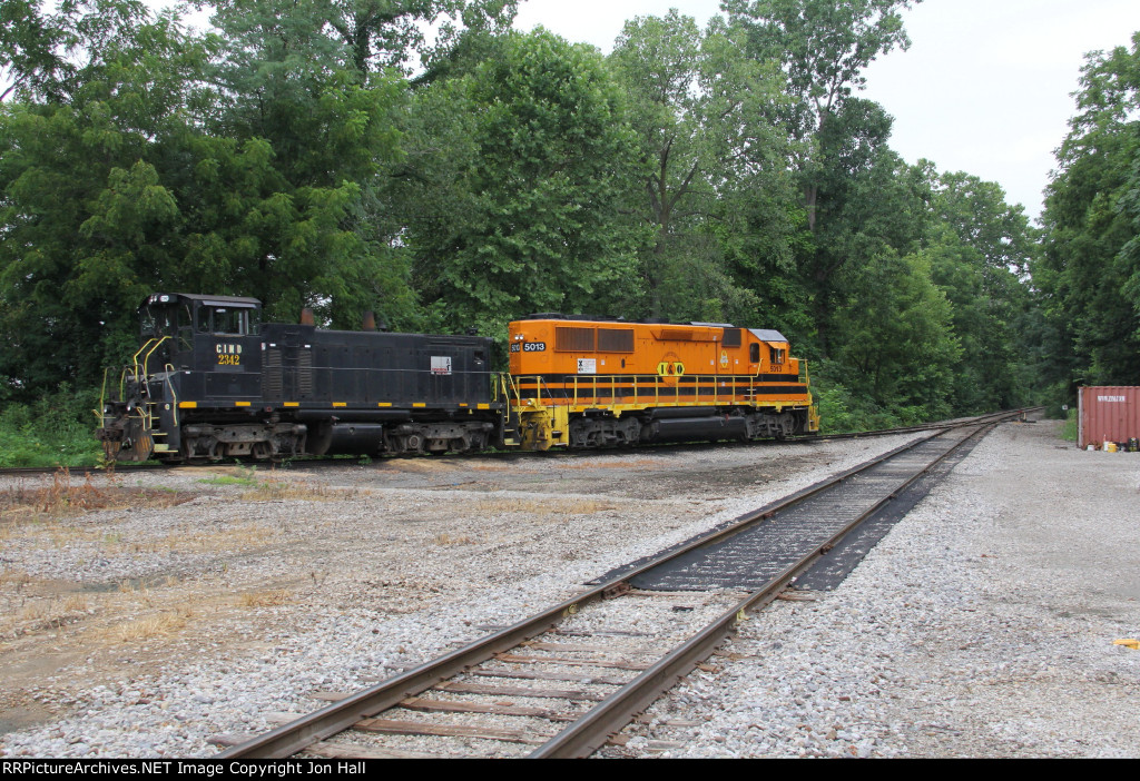 CIND 2342 & IORY 5013 sit tied down for the weekend