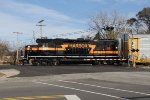 IHB 4011 sits on the Sohl Ave crossing