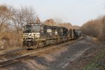 NS 9417 & 2805 rolls west under the afternoon sun with 35E