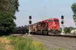 CP 8874 leads the ethanol empties of 651 around the connection at CP358
