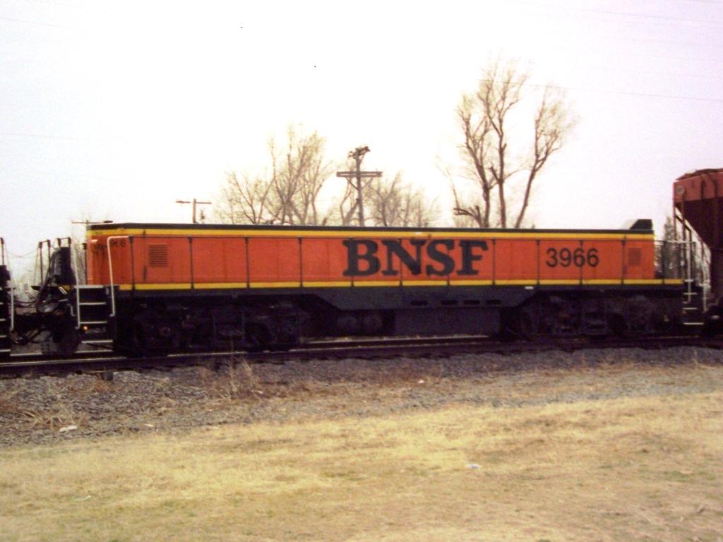 BNSF SLUG 3966