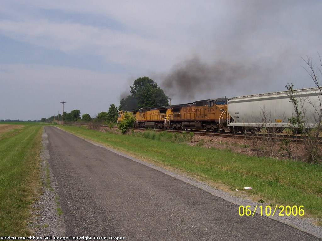 CNW 8701, UP 9386, & UP 9474