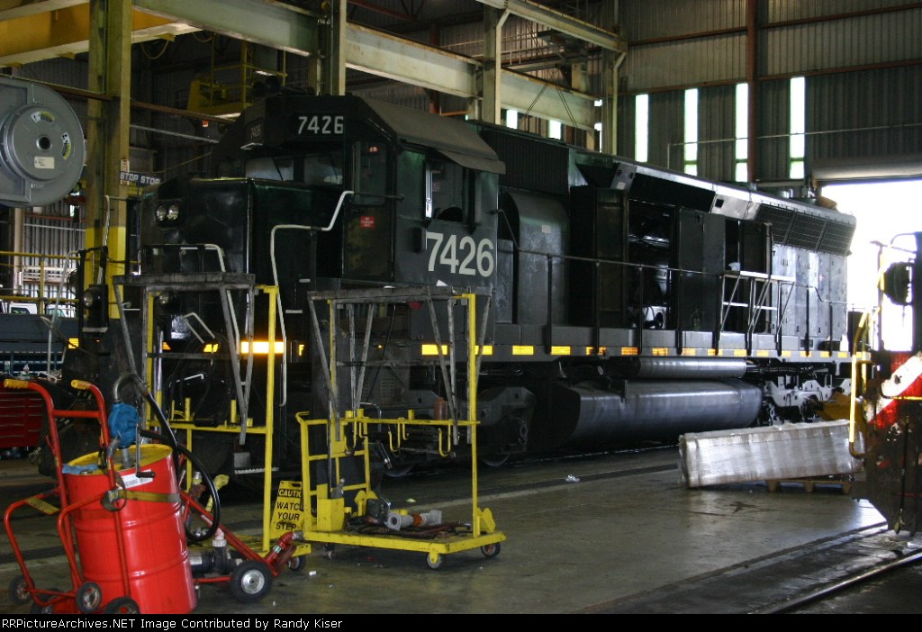 LTEX 7426 gets checked out shortly after arriving on FEC