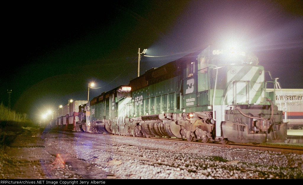 NYSW 6542 on NY10 in ex NH Maybrook yard.