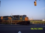CSX 4784 heads out of the intermodal yard