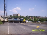 CSX 2811 pulls an empty TOFC train into the 69th St. yard