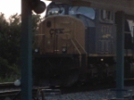 SD70MAC waiting for P92 to arrive into JAX