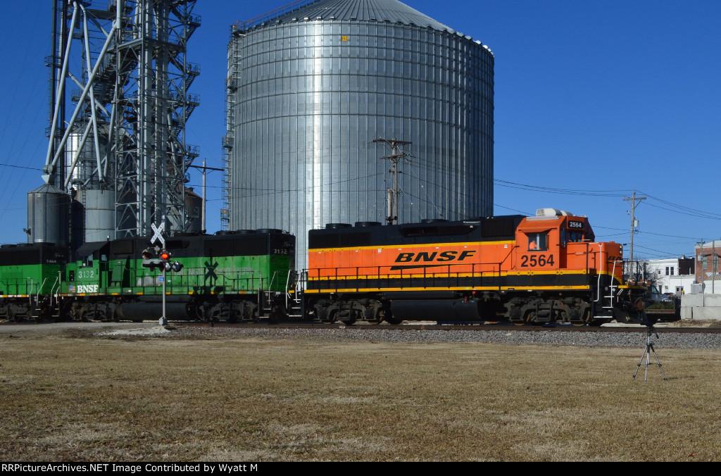 BNSF 2564