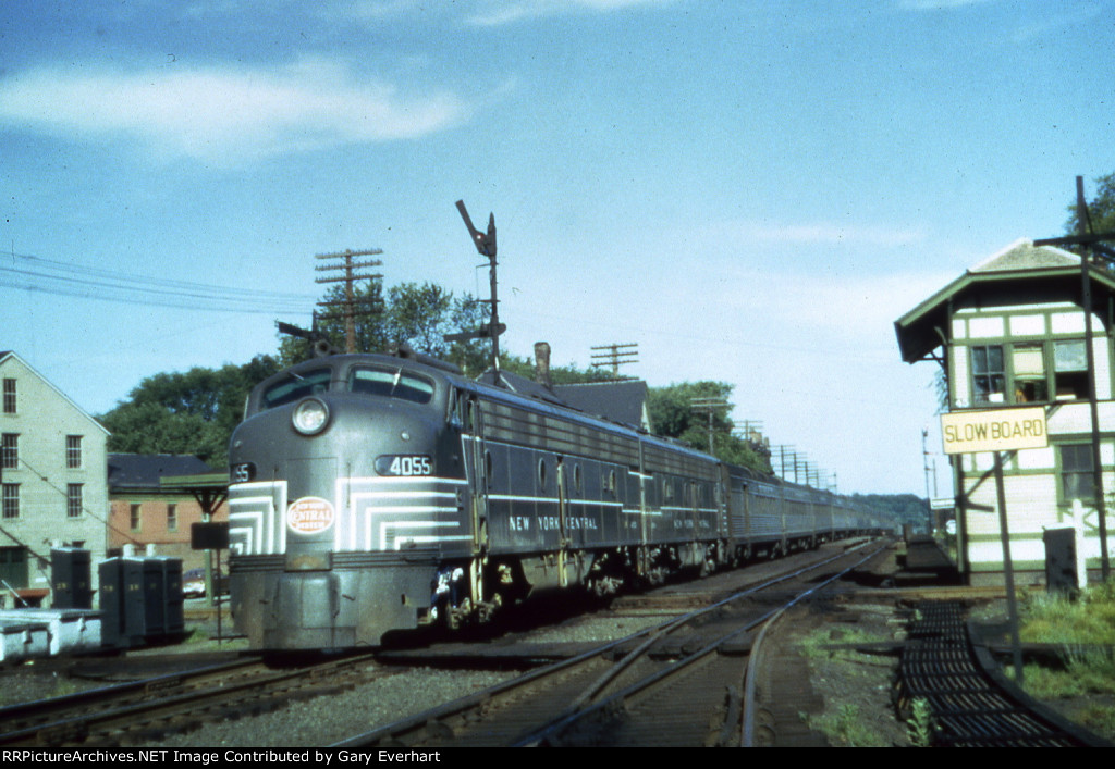 NYC E8A #4055 - New York Central