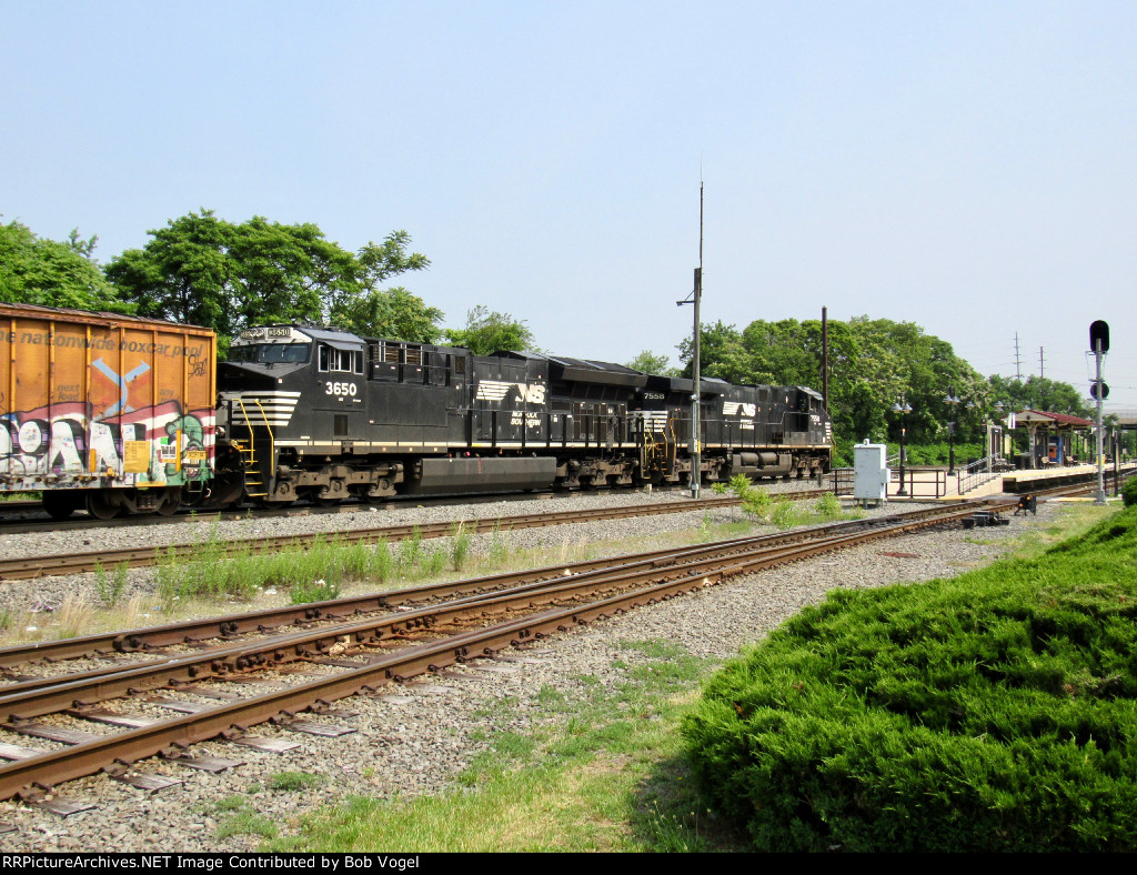 NS 3650 and 7558