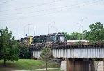 Surprise on BNSF's bridge over the Oklahoma River