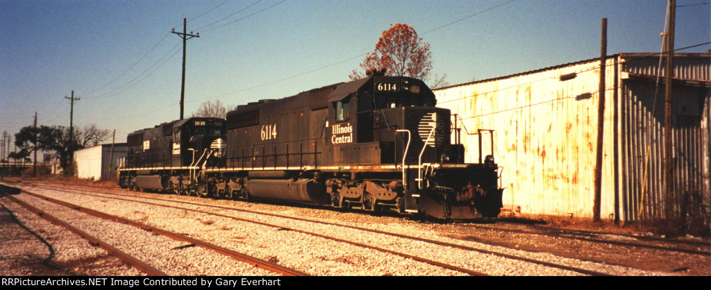 A Pair of Illinois Central locos