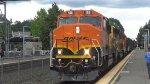 BNSF 128 Leads a Local