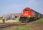 CN and CP crews