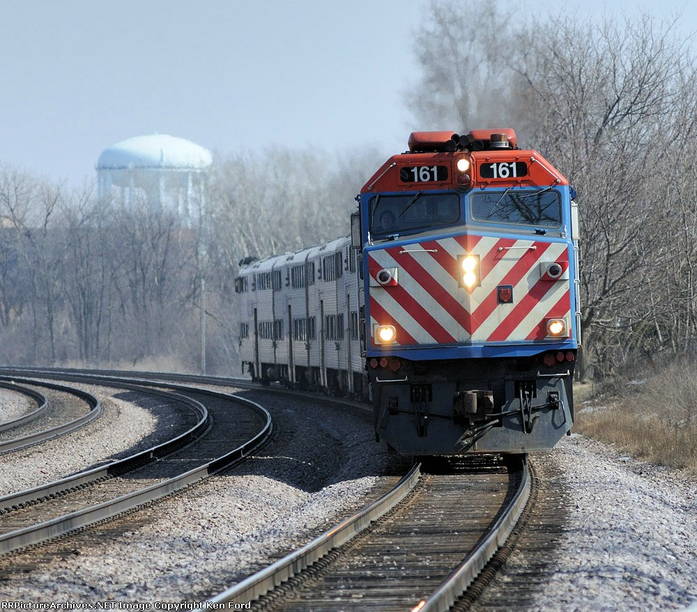 Metra 161 on Train 33