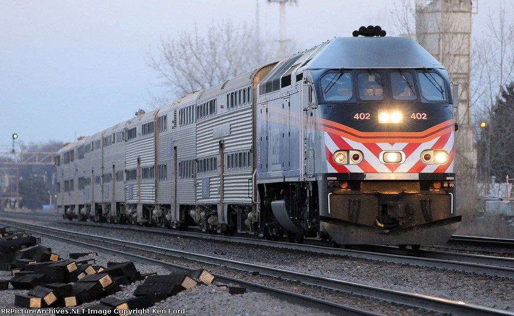 Metra 402 on Train 1279