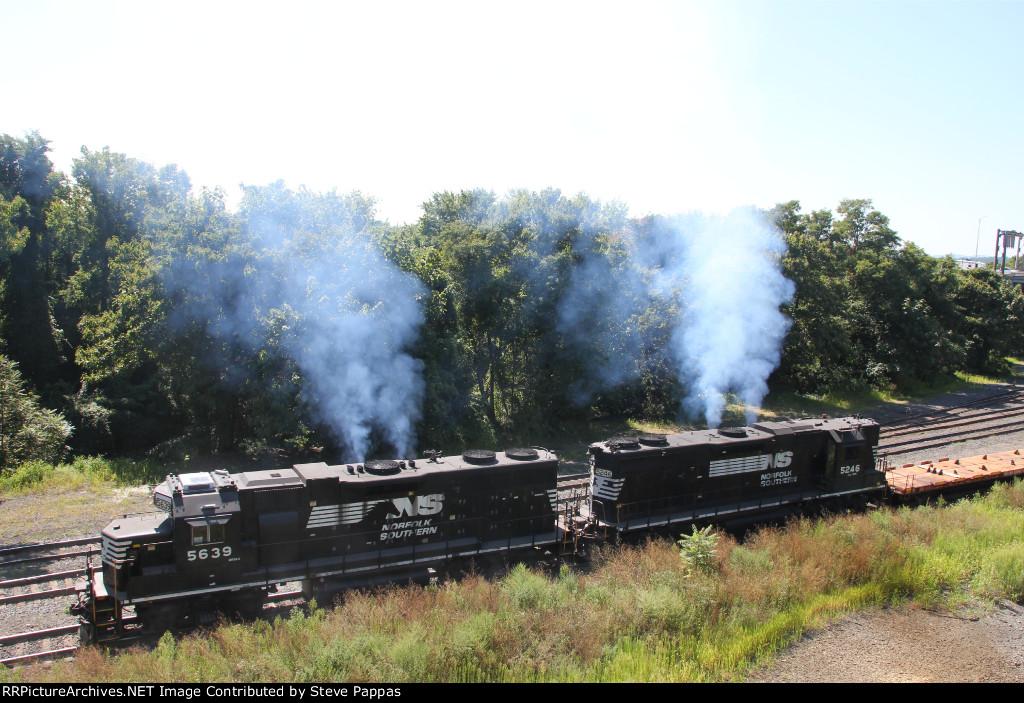 NS 5639 and 5246 make some smoke