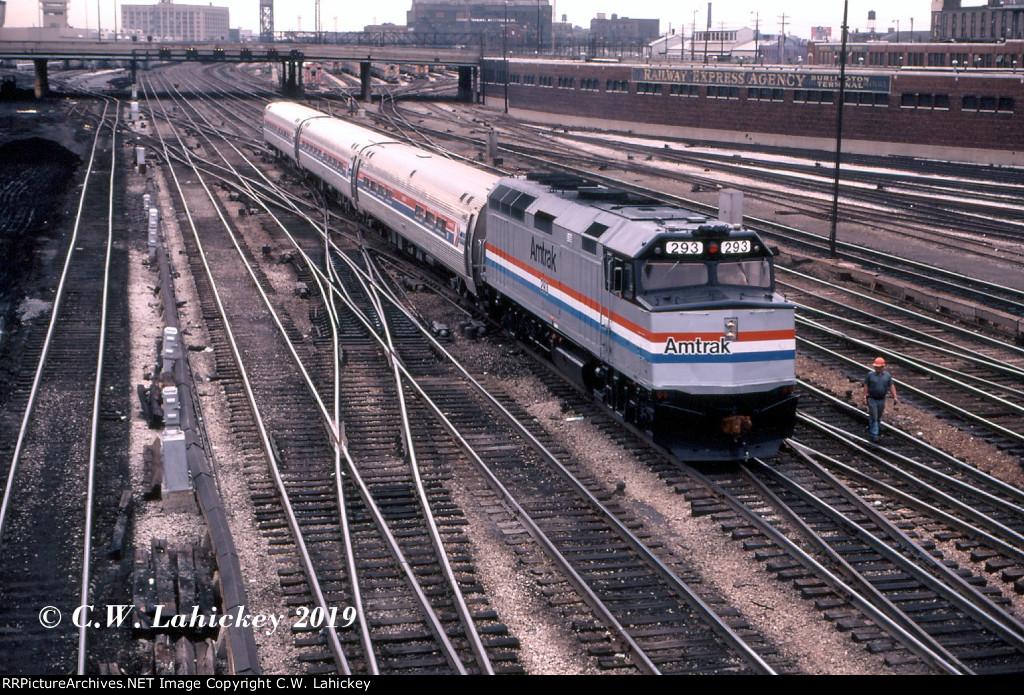 Amtrak 293