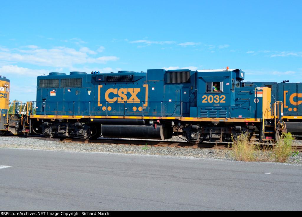 CSX 2032