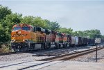 BNSF 7941 leads H-Minot-Northtown East