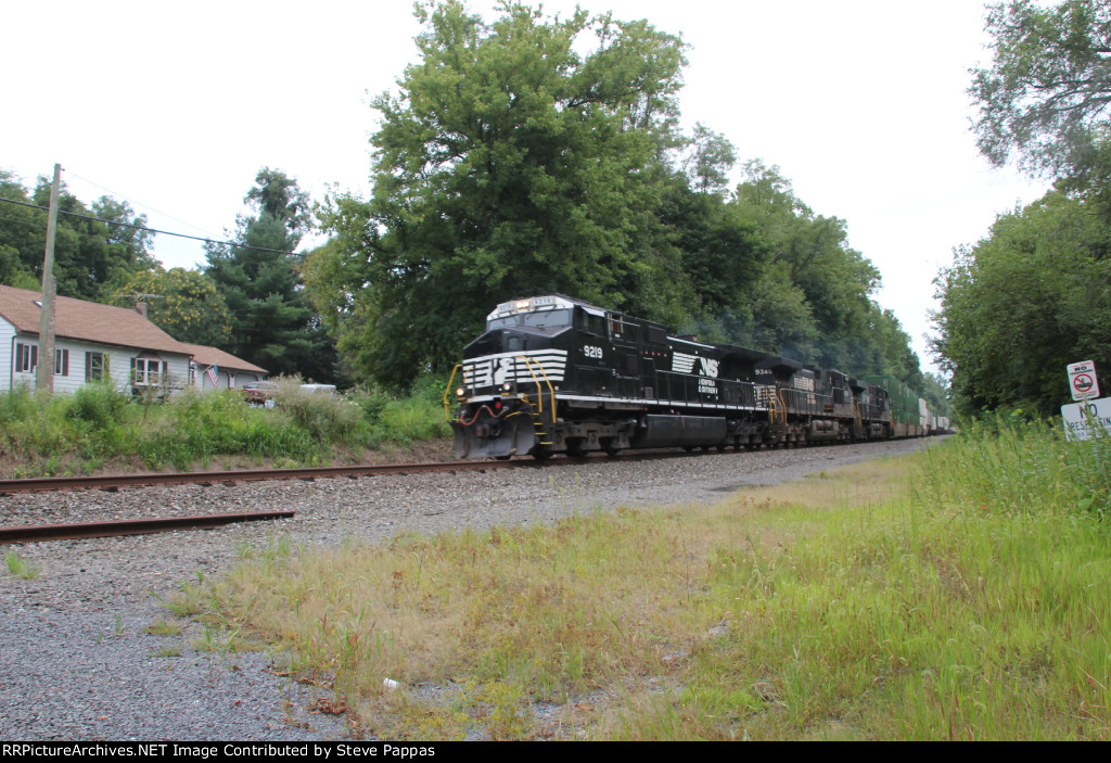 NS 9219 leading an eastbound at Boiling Springs PA