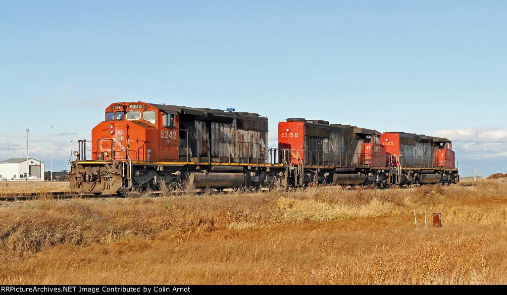 CN 5242 Switching on Fort Saskatchewan Industrial Lead